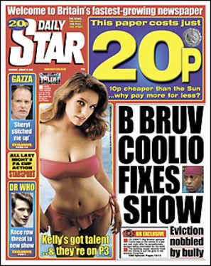 Kelly The Sun Page 3 >> Kelly Brook Our Lady Of The Selfies The Awl Medium