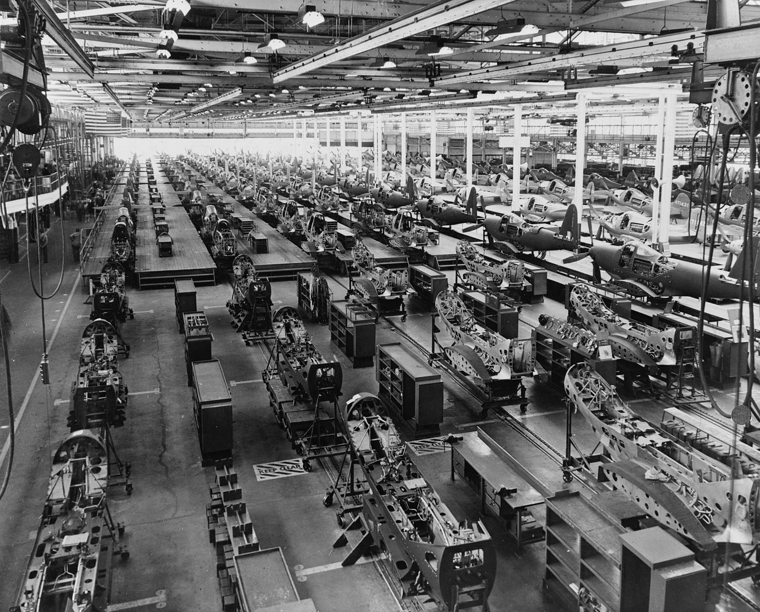 Image of a US factory of the early 20th century