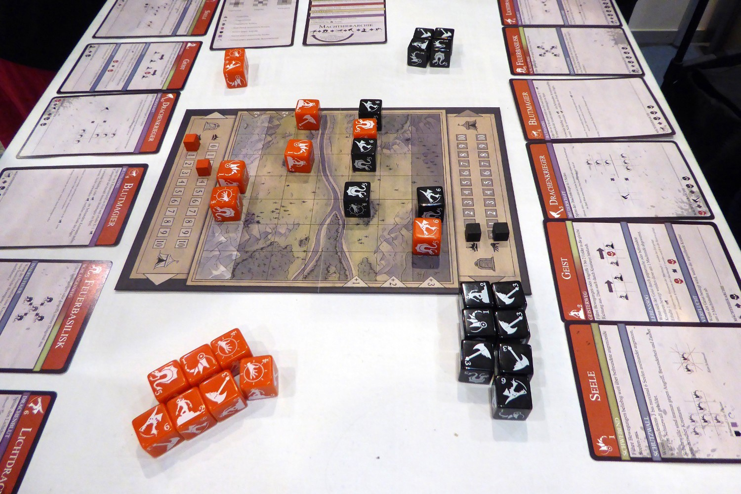 Keeping encodings simple: color hue, shape, and position along axis (DiceWar—Light of Dragons by SunCoreGames)