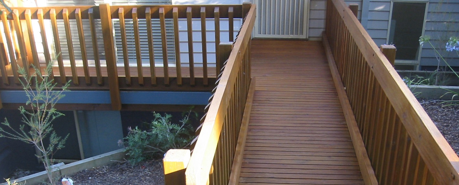 A Brief Discussion On The Five Major Decking Materials