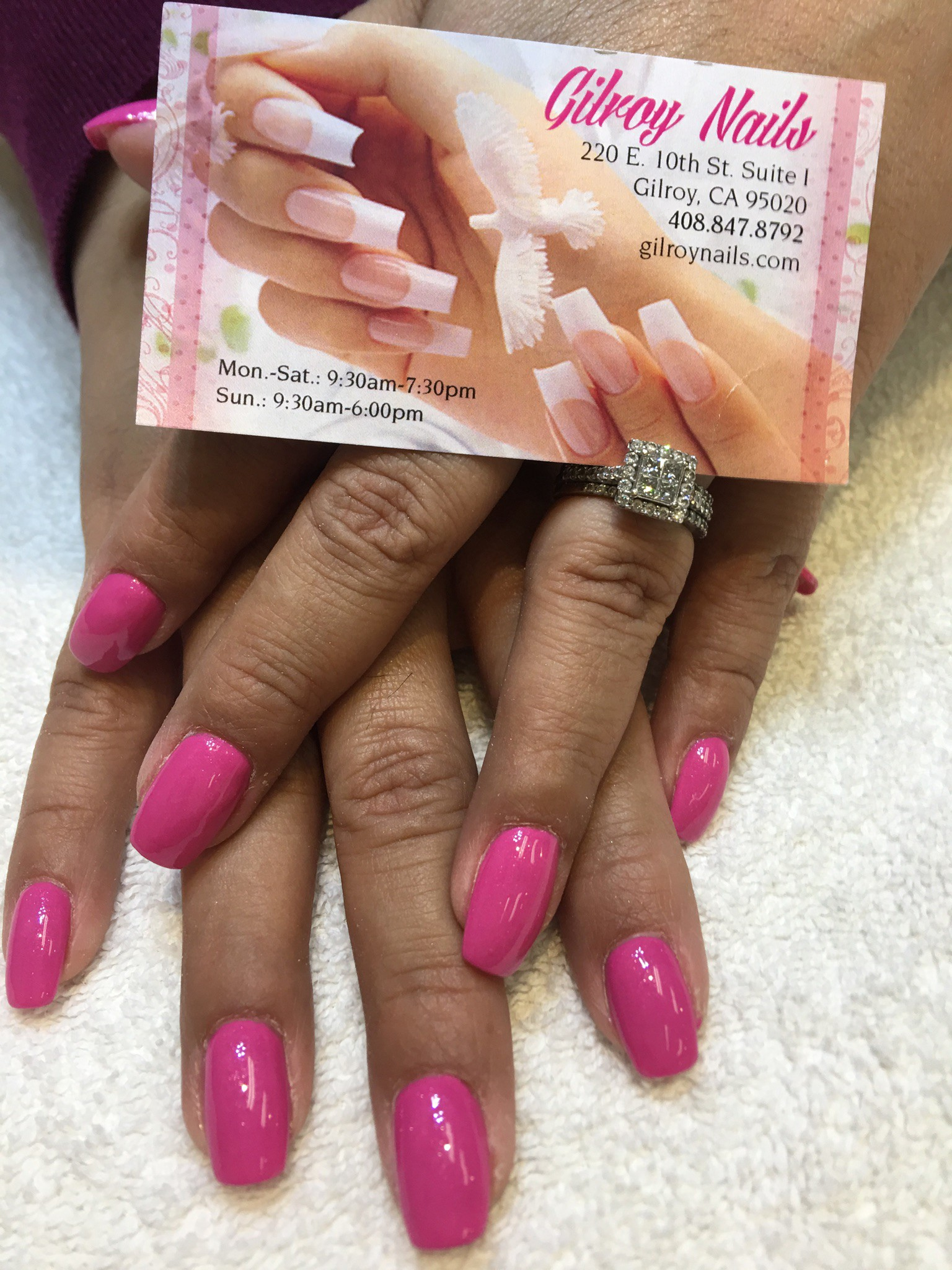 What Nail Salons Are Open Today Near Me