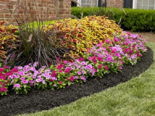 Incredible Reasons Why You Need To Mulch The Flower Beds Of Your