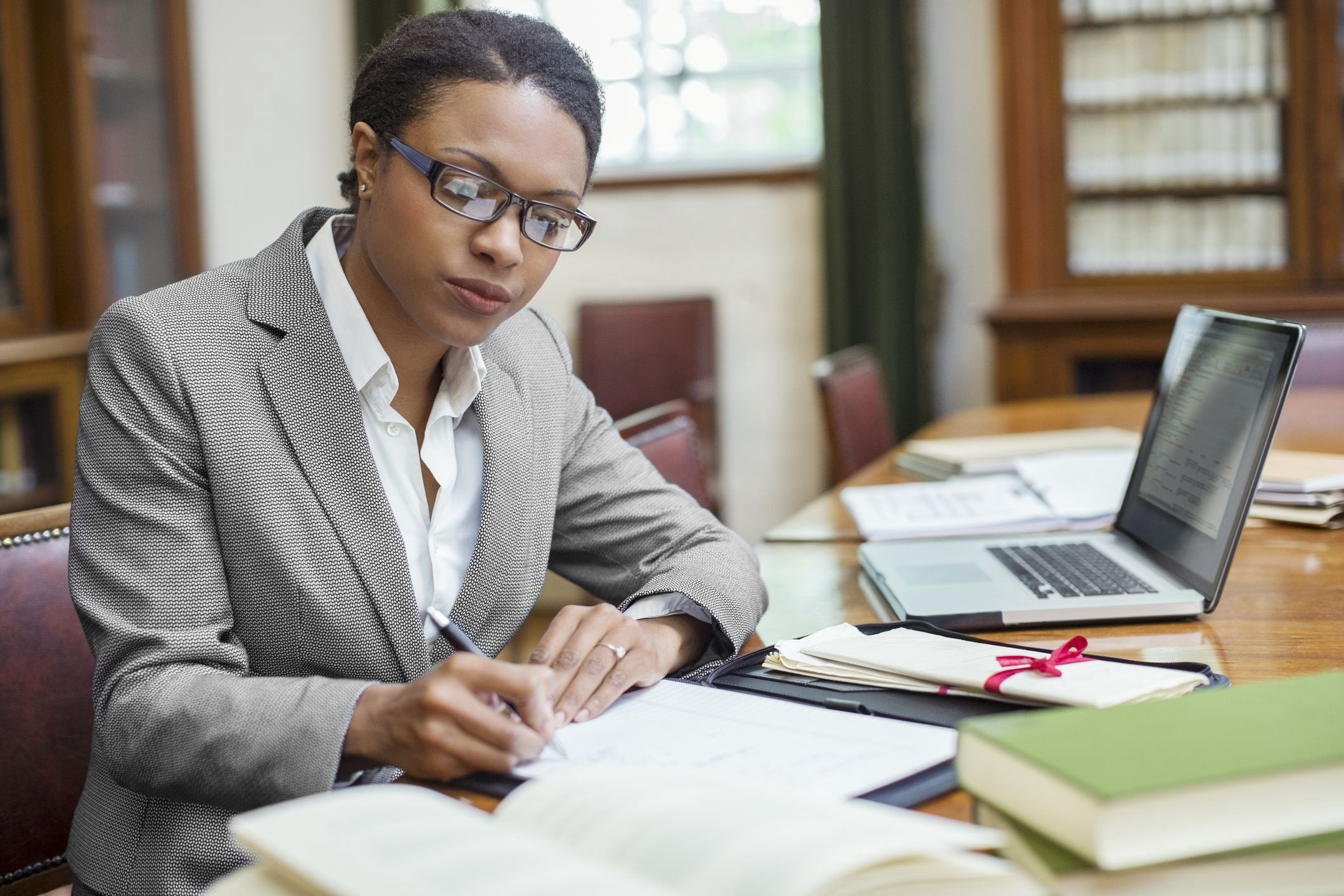 What To Know About The Process Of Hiring Lawyers