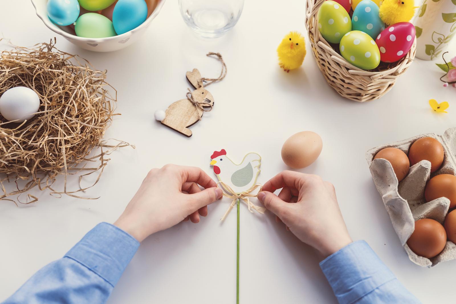 The power of marketing easter eggs  by jeremie levray  Growth