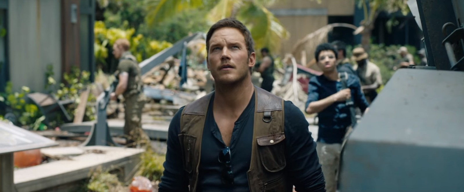 "MOVIE REVIEW: ""Jurassic World: Fallen Kingdom"" - Movie Time Guru"