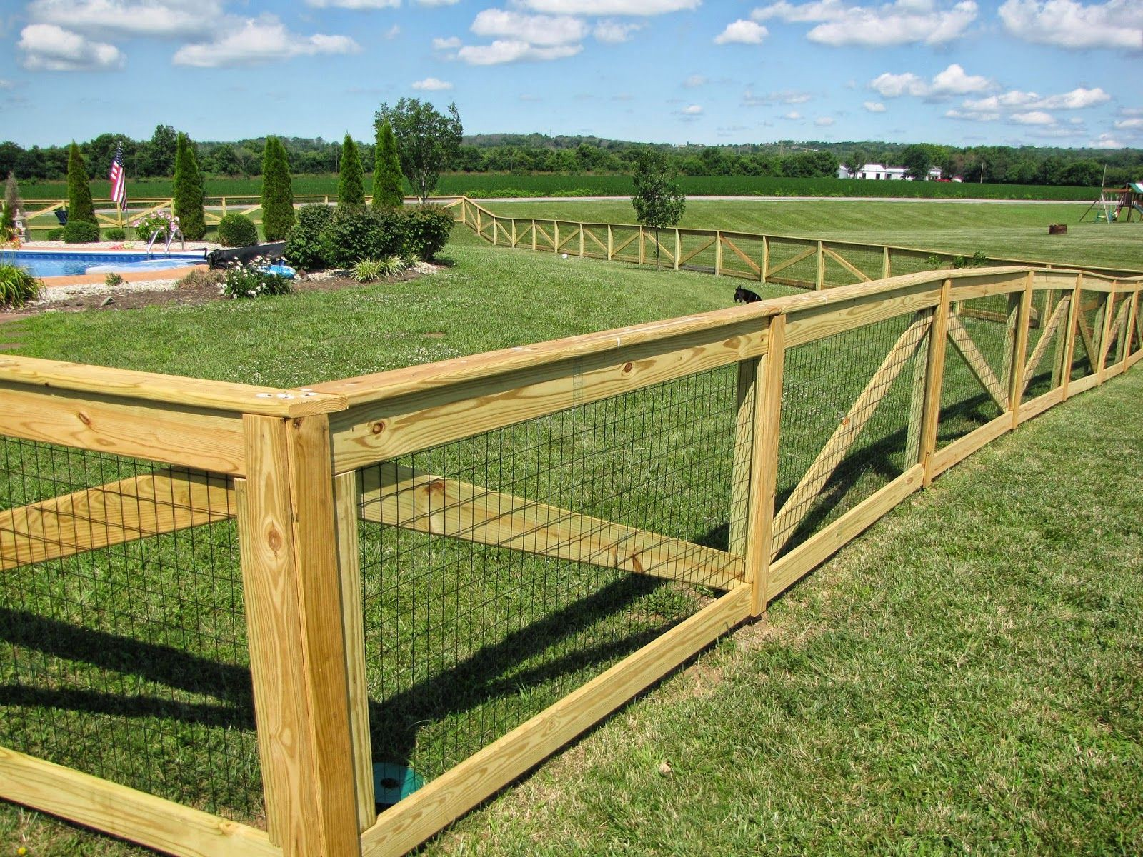 Know about Two Types of wooden Fencing for you - Yard Dog ...