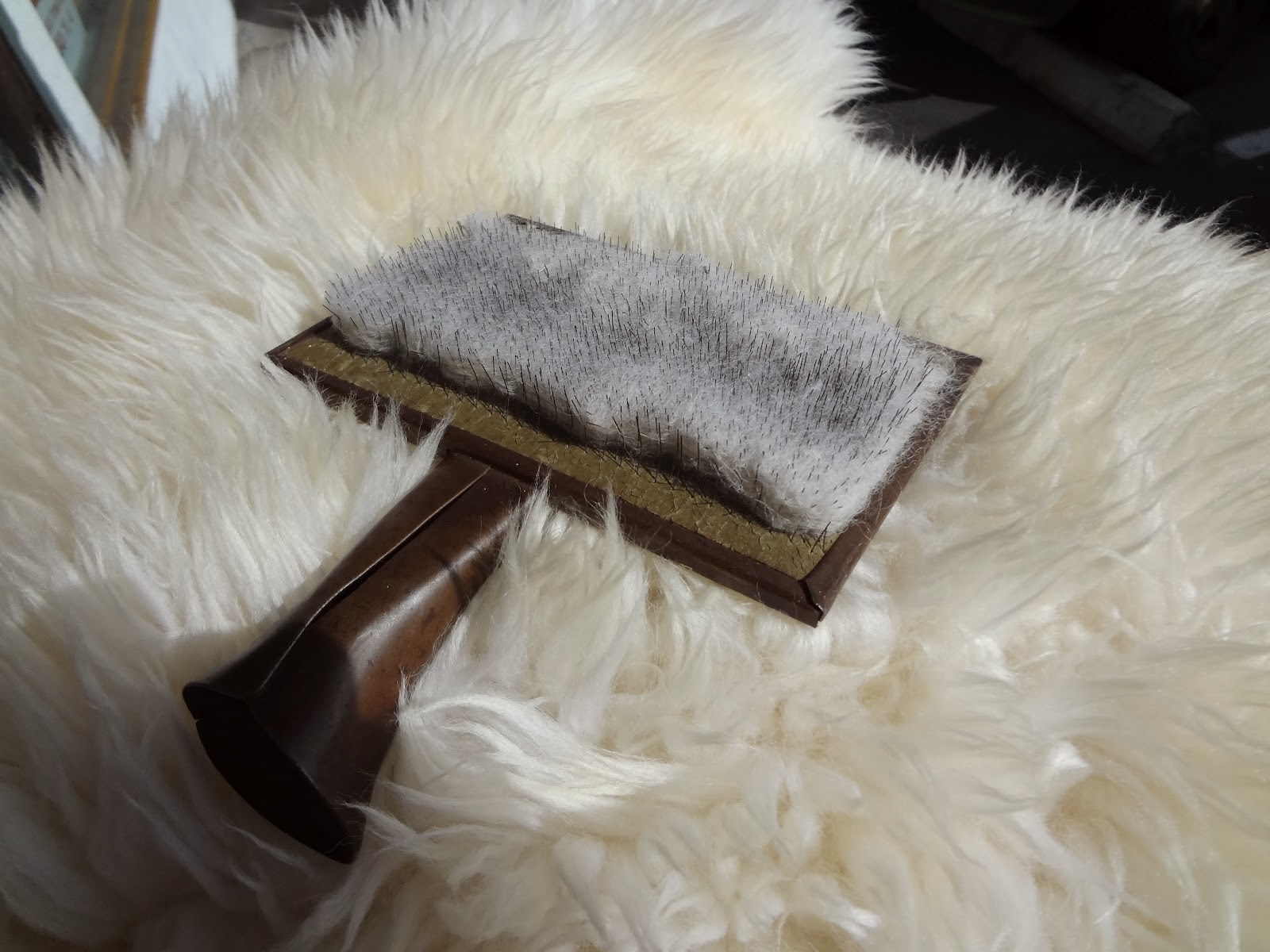 How To Clean A Sheepskin Rug The Ultimate Guide Rugs 4