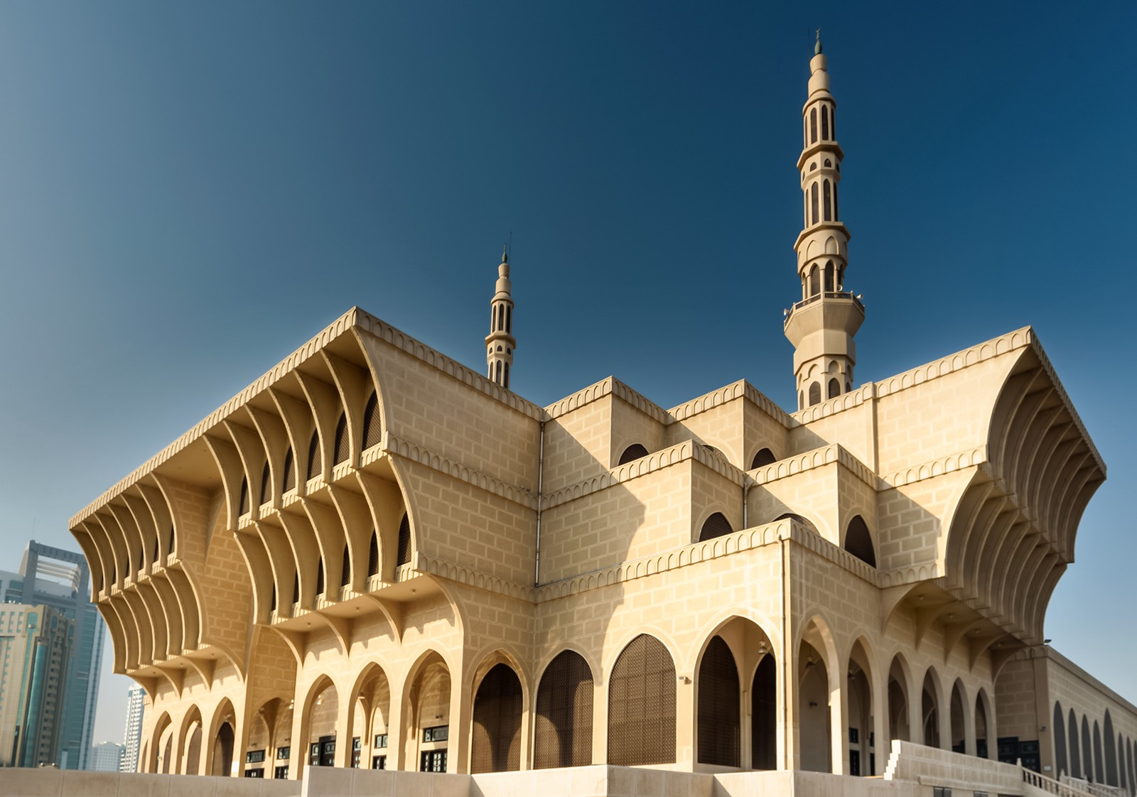 Demystifying Sharjah S Iconic King Faisal Mosque سلطان