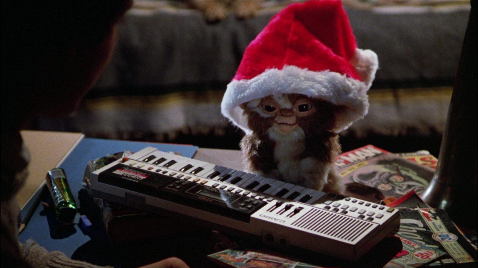 Halloween And Christmas.Movies You Can Watch Between Halloween And Christmas