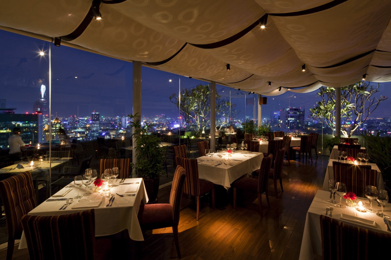 Top 10 famous restaurants in Ho Chi Minh City - Travel