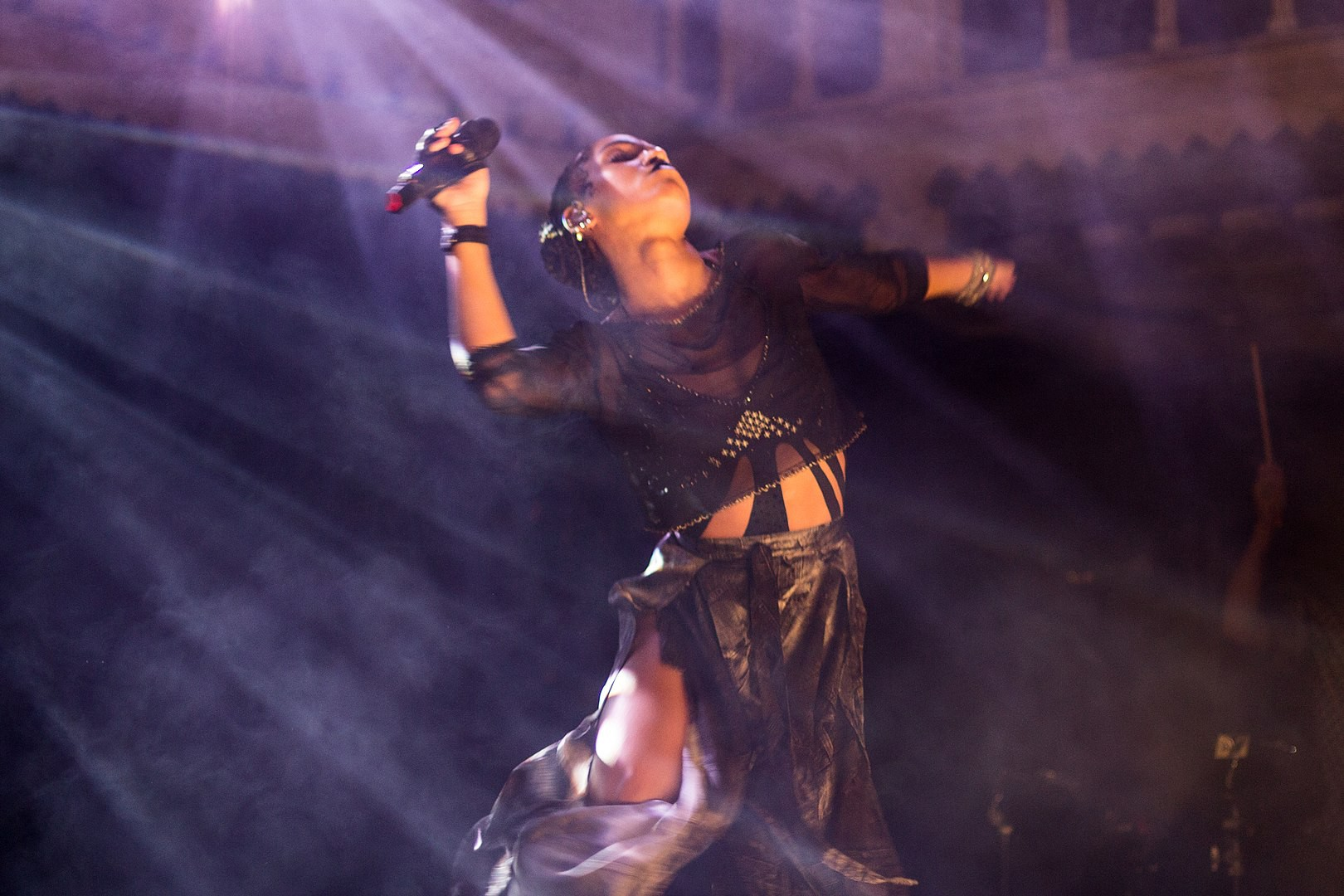 FKA Twigs in a stretch as she performs onstage