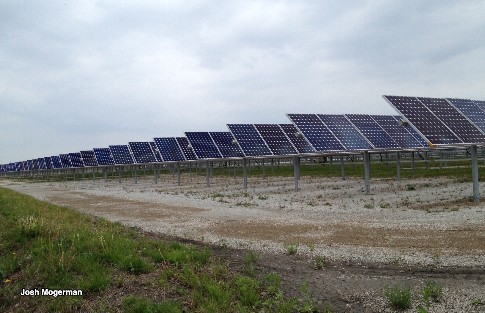 Illinois Wants You To Build Solar Panels Chicago Cityscape