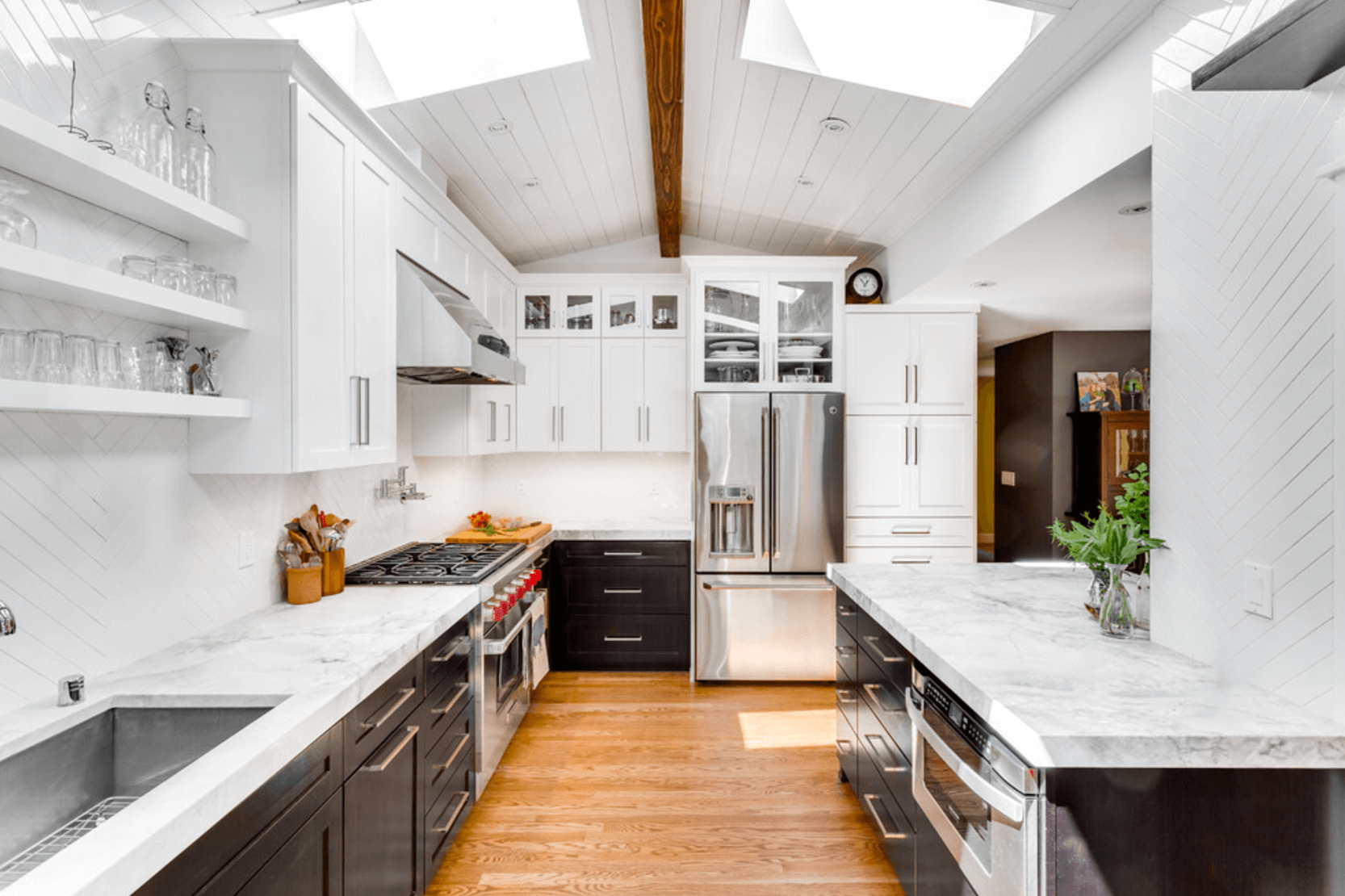 How To Modernize Your Outdated Kitchen