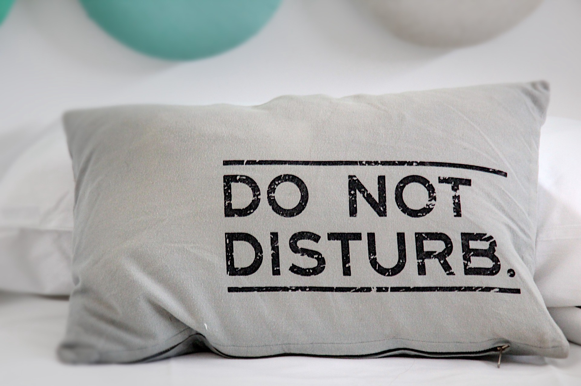 Pillow printed with Do Not Disturb