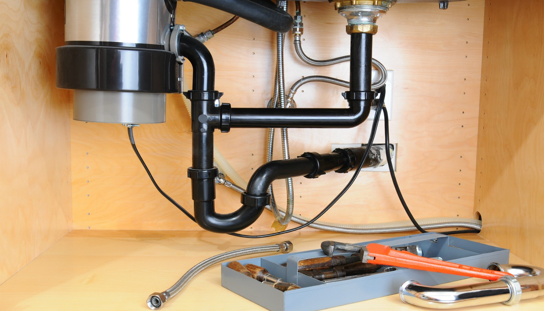 Top 5 Signs You Need A New Garbage Disposal Installation