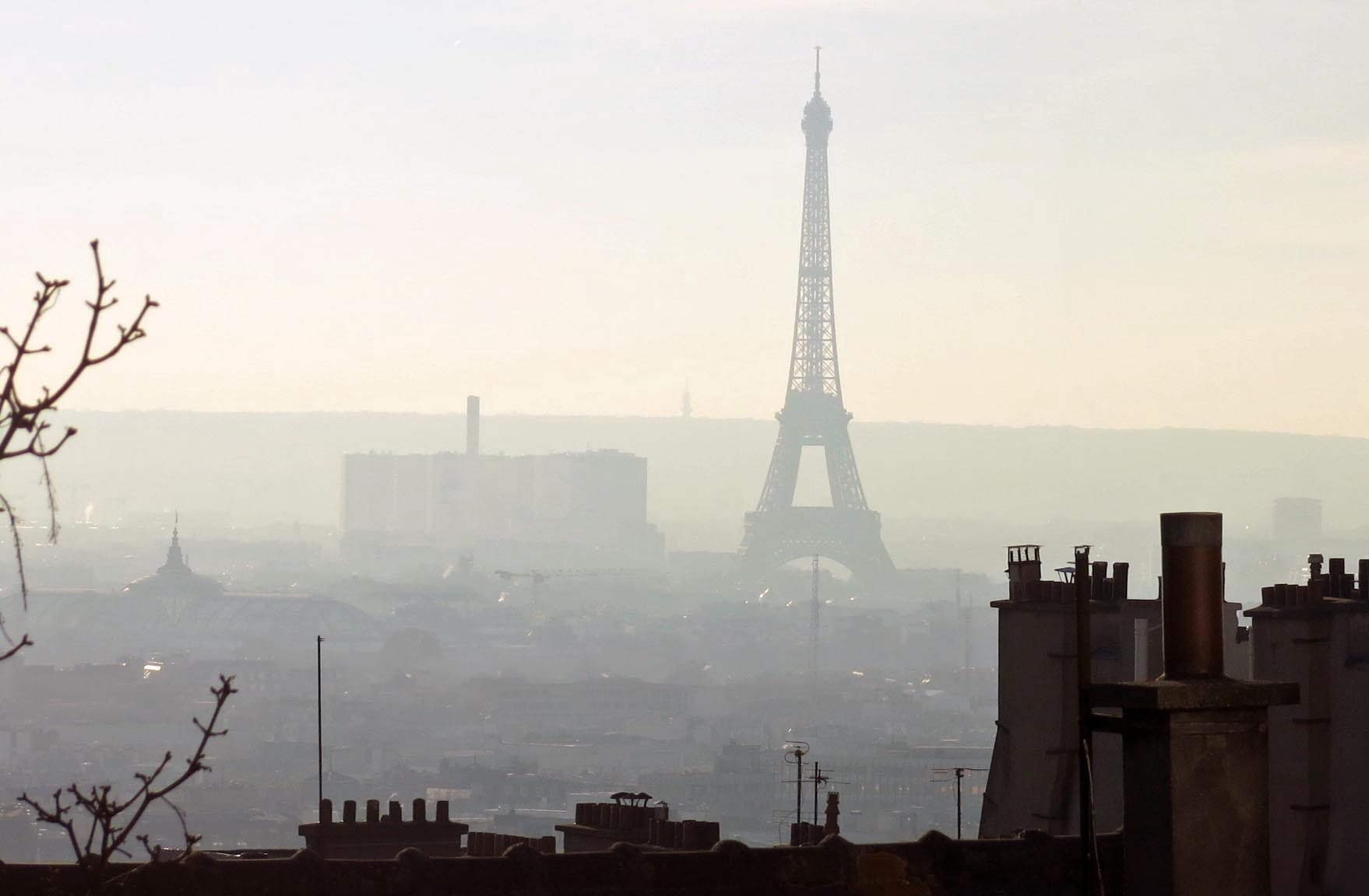 Prototype air filtering stations placed in Paris, France, helped to keep the level of particulates below World Health Organization thresholds. Image credit - Pollution event in Paris by Tangopaso and Mariordo is licensed under CC0 1.0