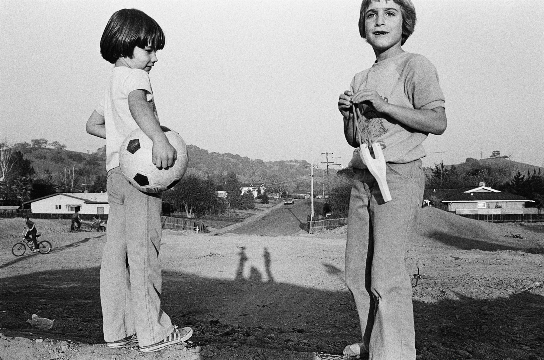 These photos of growing up in the Bay Area suburbs tell a story of