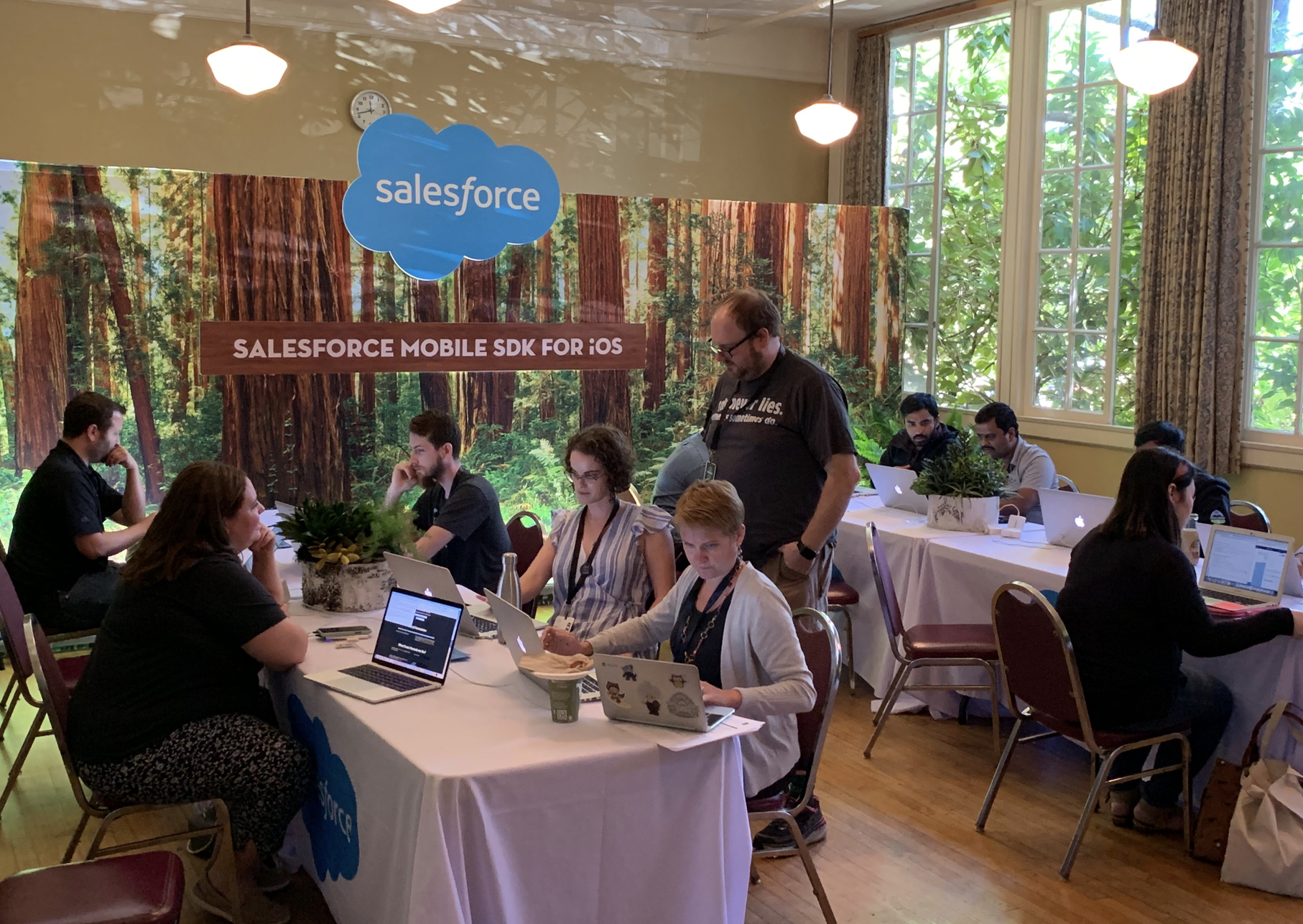 Quest On with the Salesforce Mobile SDK for iOS - The