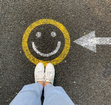 A deliberate creator is aware of the impulses and promptings from their Guiding-Self. This smiley face on the pavement then takes on a new significance. P..PIlio (#LoA)