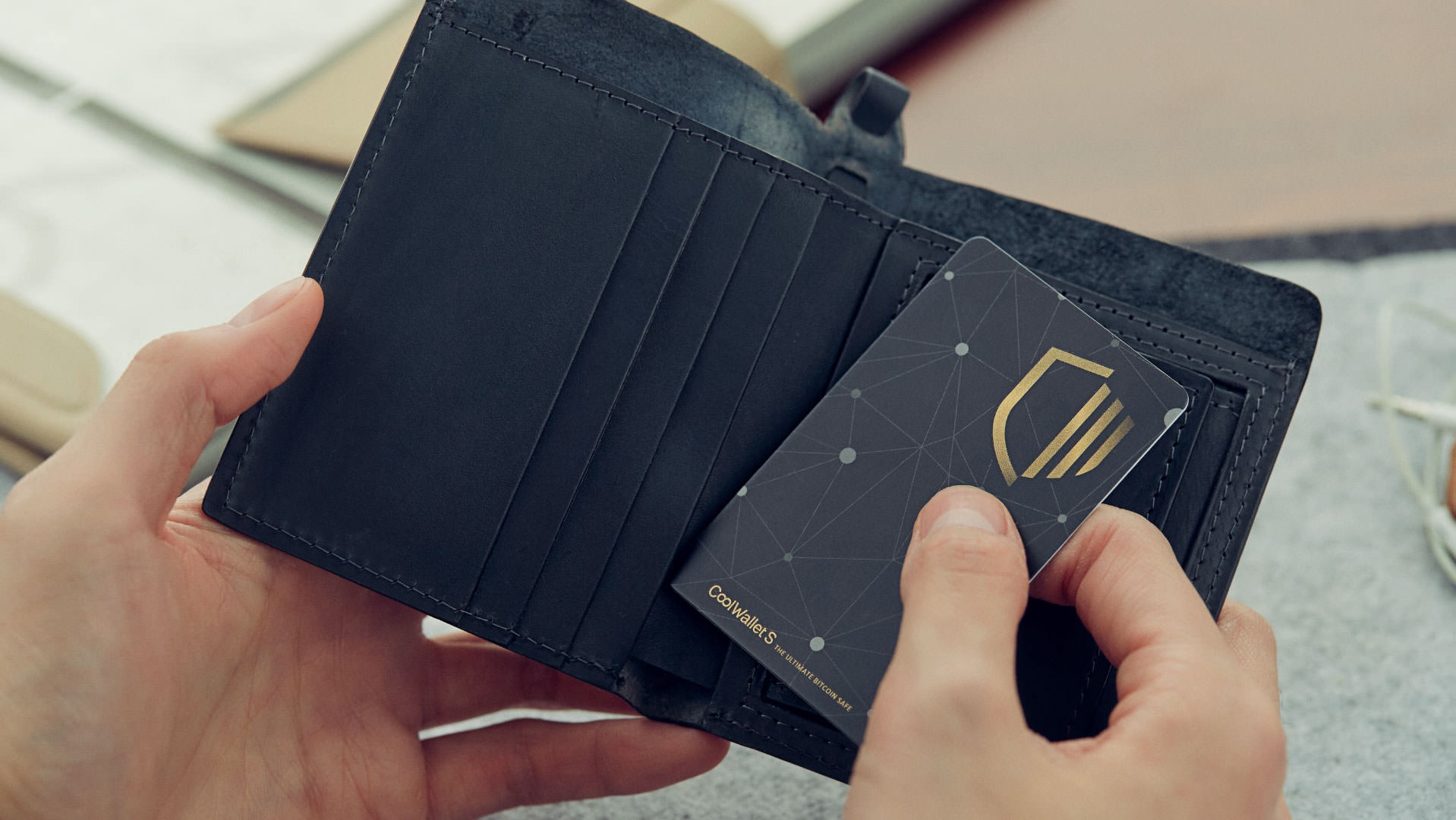 Top 10 Frequently Asked Questions about the CoolWallet S