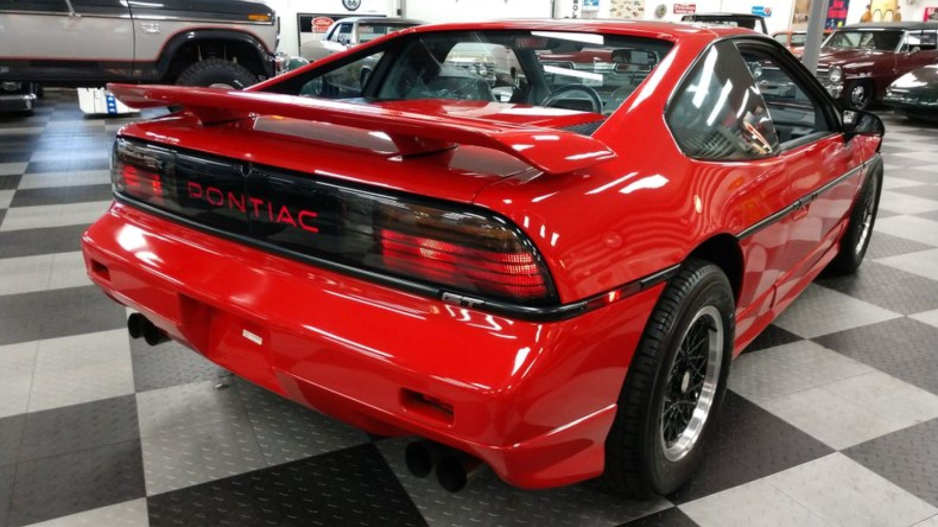1988 Pontiac Fiero Is The Last One Ever Built By Sam Maven Motorious Medium