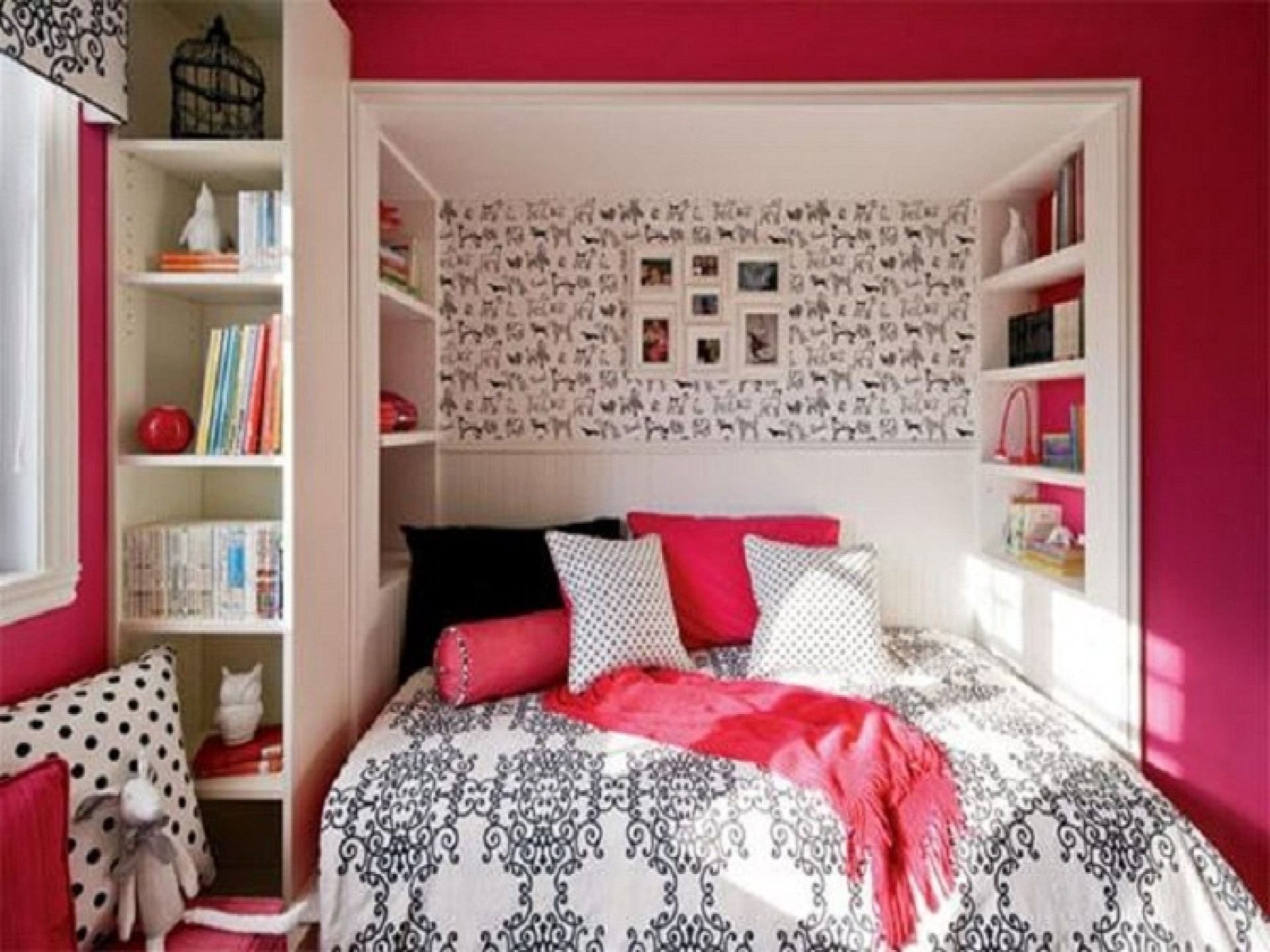 Delicieux Womens Bedroom Ideas For Small Rooms   Putra Sulung   Medium