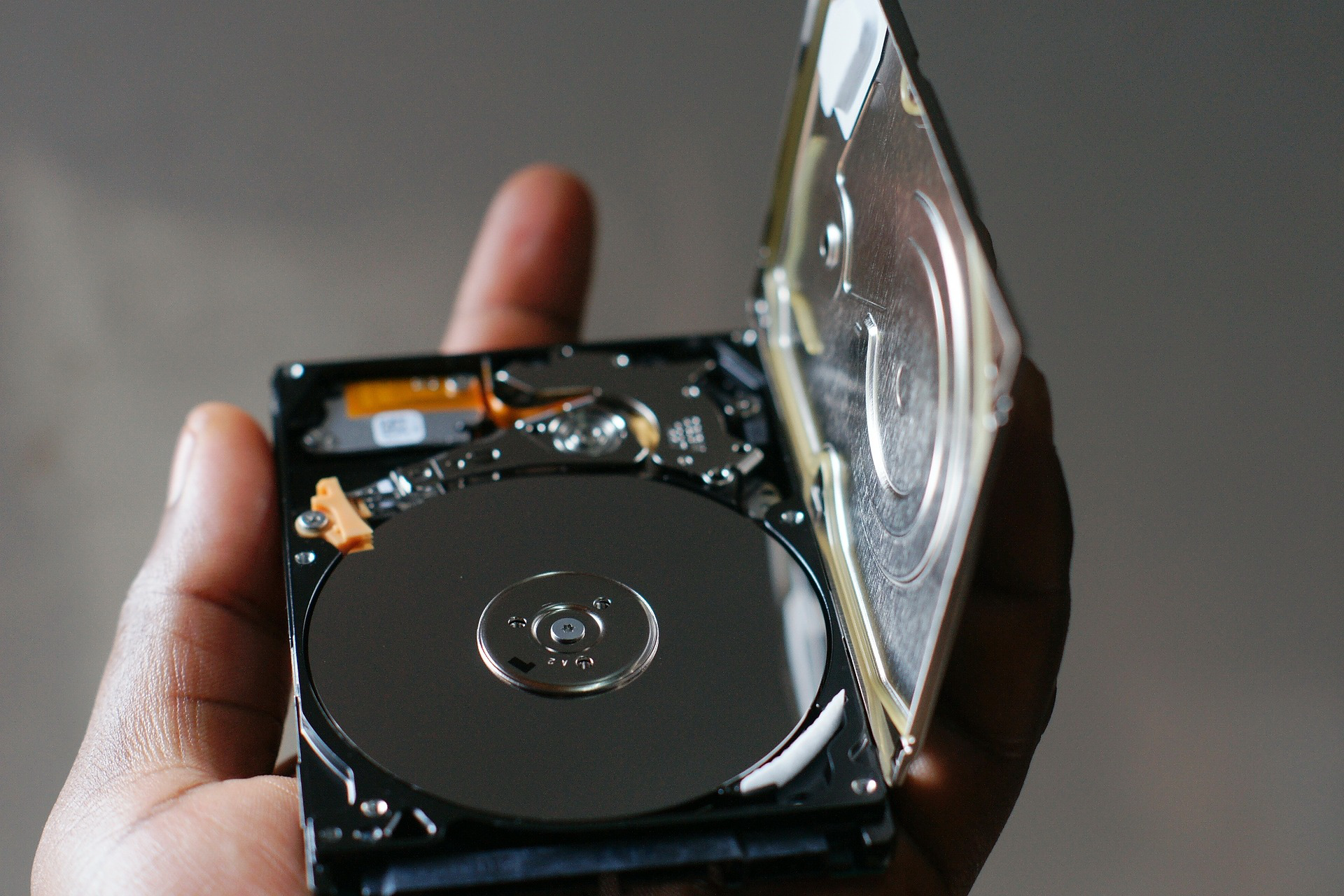 A Complete Guide on Hard Disk Data Recovery - Vladimir - Medium