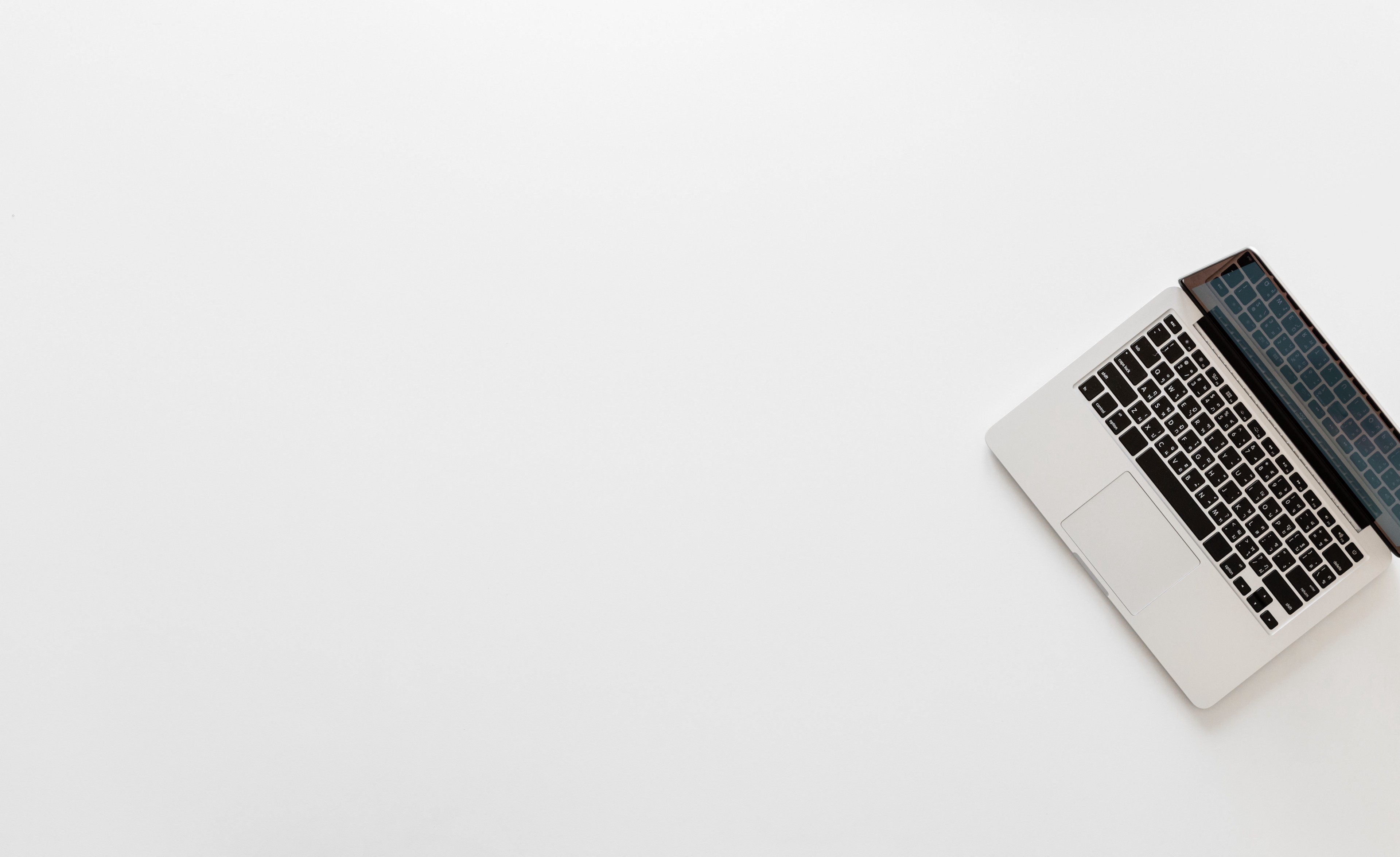 Digital Minimalism: How to Simplify Your Online Life