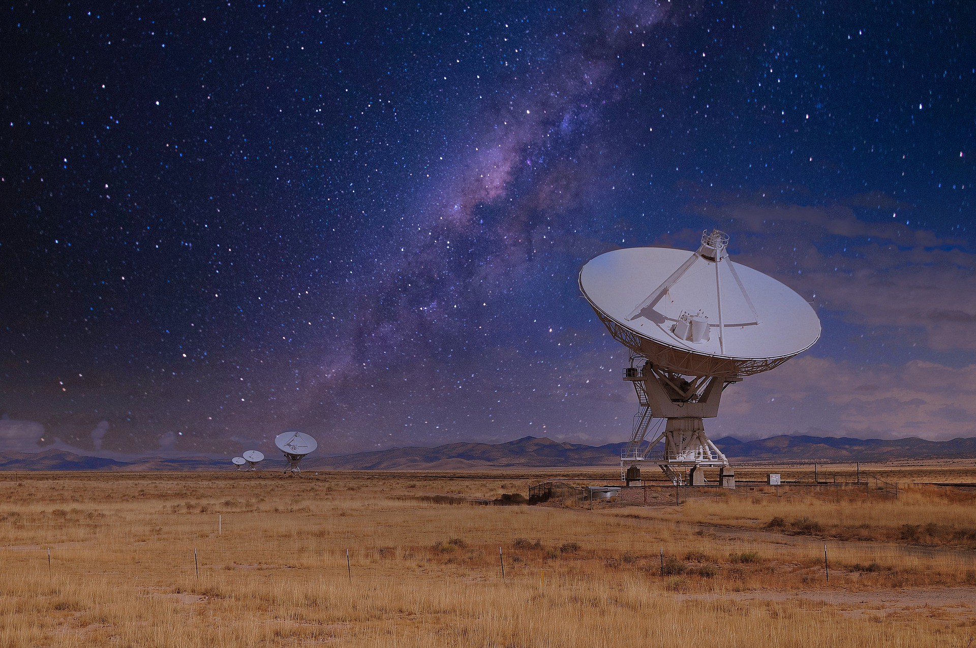 The Very Large Array radio telescope in New Mexico. Image by Pierluigi D'Amelio from Pixabay