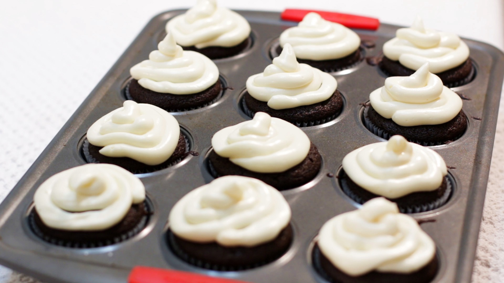 Chocolate Cupcakes with Cream Cheese Frosting - Matt Taylor