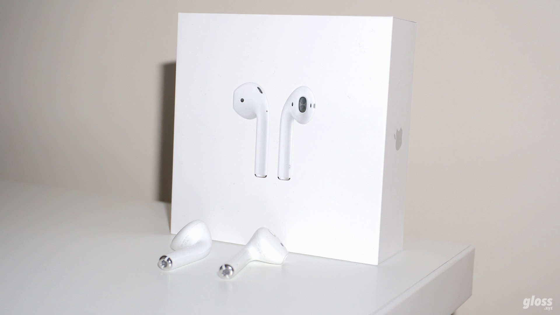 Apple Airpods By Gloss Gloss