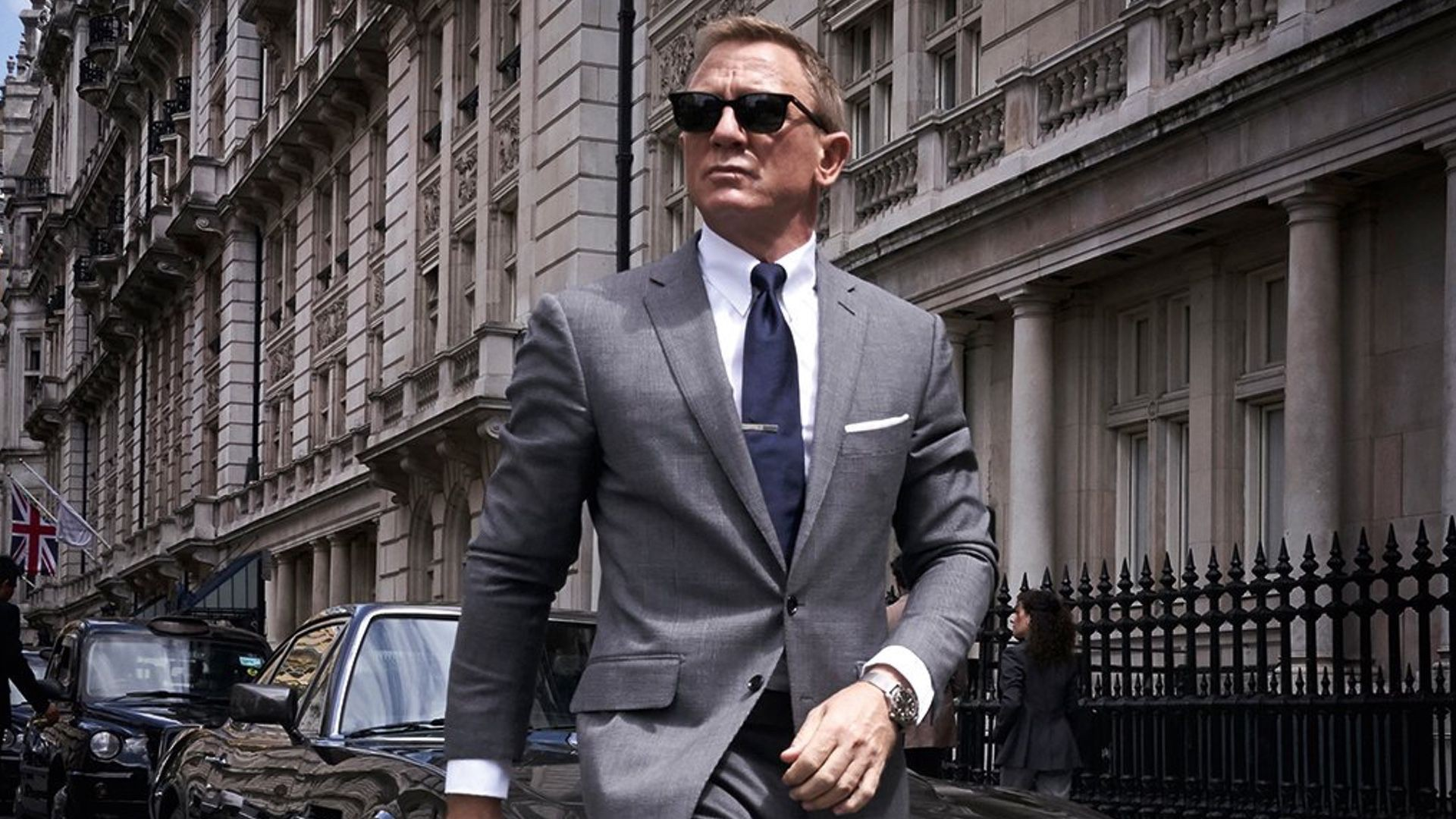 How To Dress Like James Bond Loraine Sims Medium