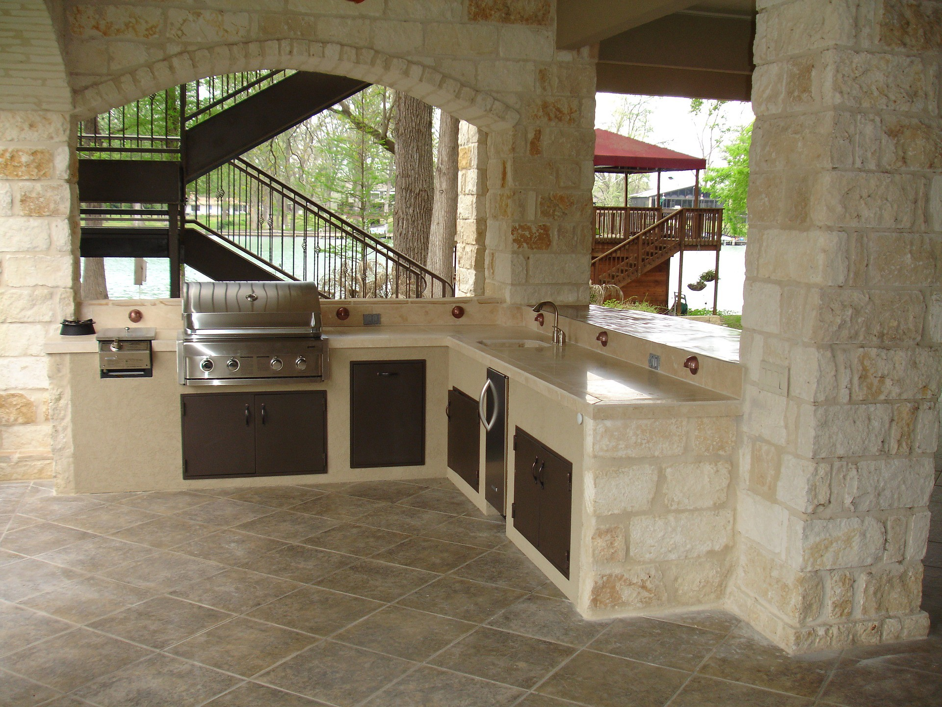 Custom Outdoor Kitchen Builders Waco By Angie Dinato Outdoorconstructionreviewguide Medium