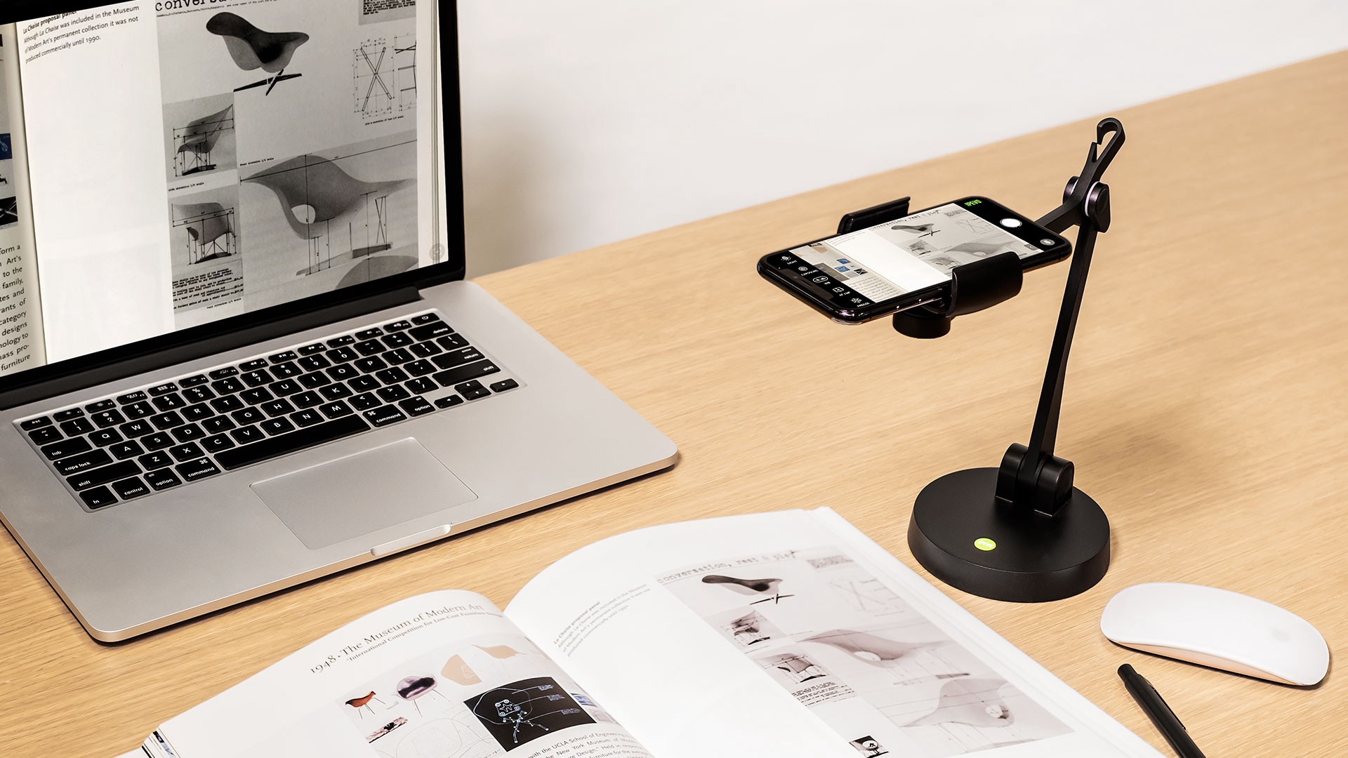 How to turn your smartphone into a document camera with the new IPEVO Uplift