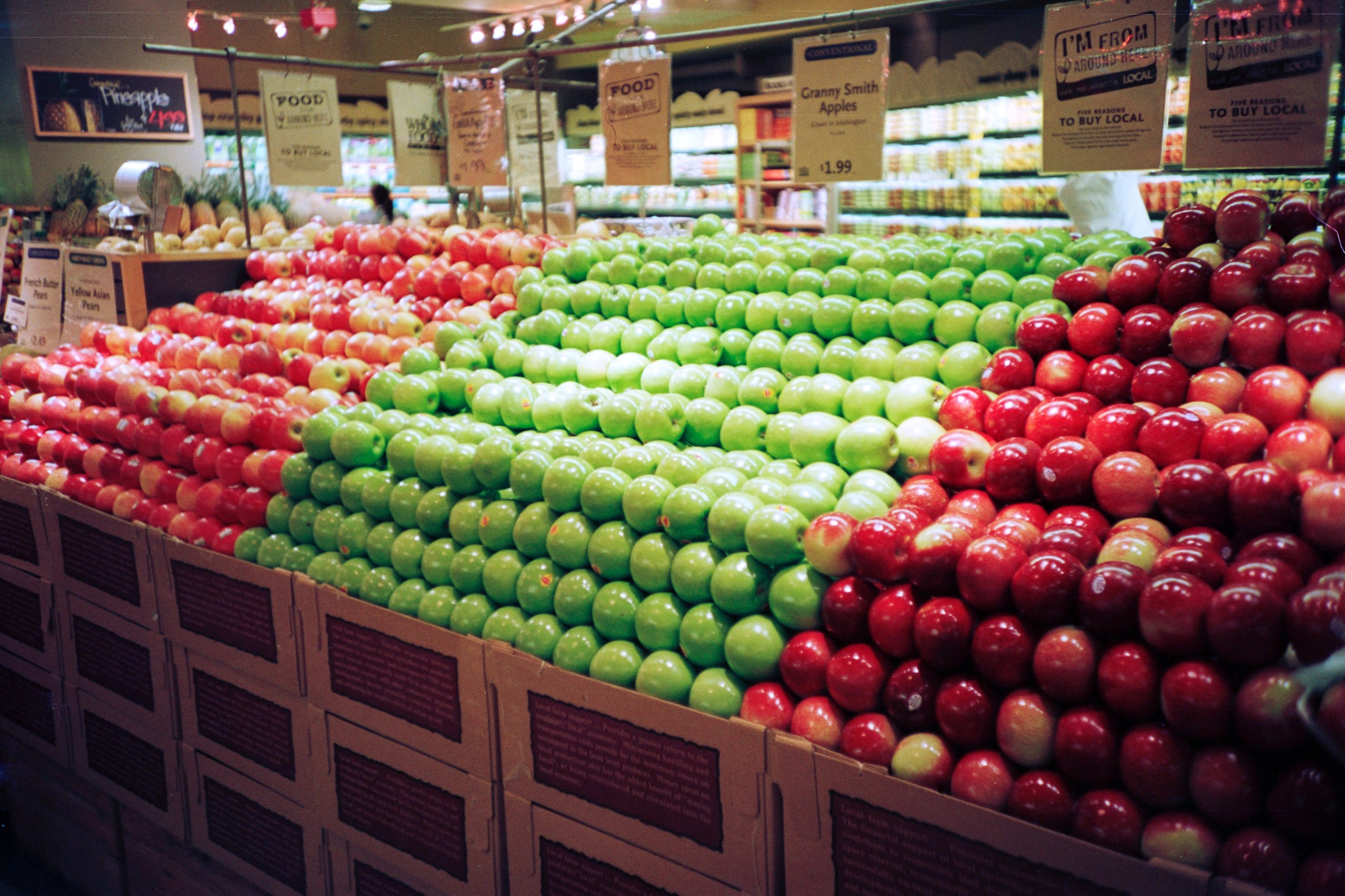Apples in a store