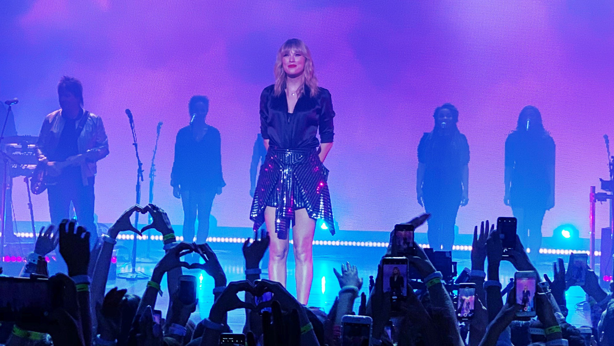 Taylor Swift S City Of Lover Concert Review By Marvelmanandy Medium