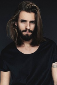 Manly Manes 15 Men Who Rock Long Hairstyles By Robin Vinz Salvador Medium