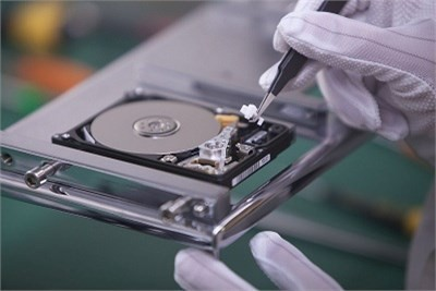 Why We Need A Hard Drive Data Recovery Service?