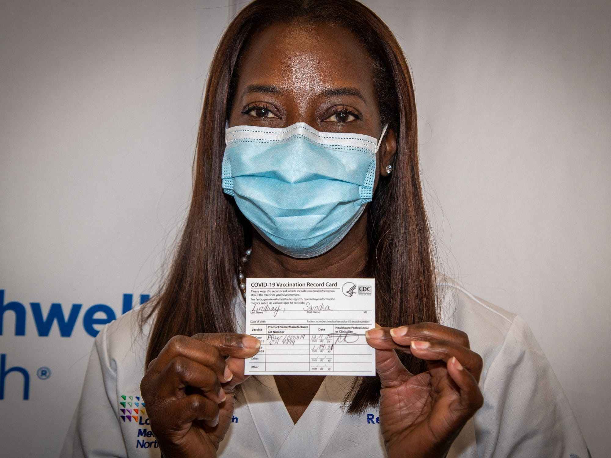 Sandra Lindsay became the first person in the US outside of trials to receive a COVID-19 vaccine.