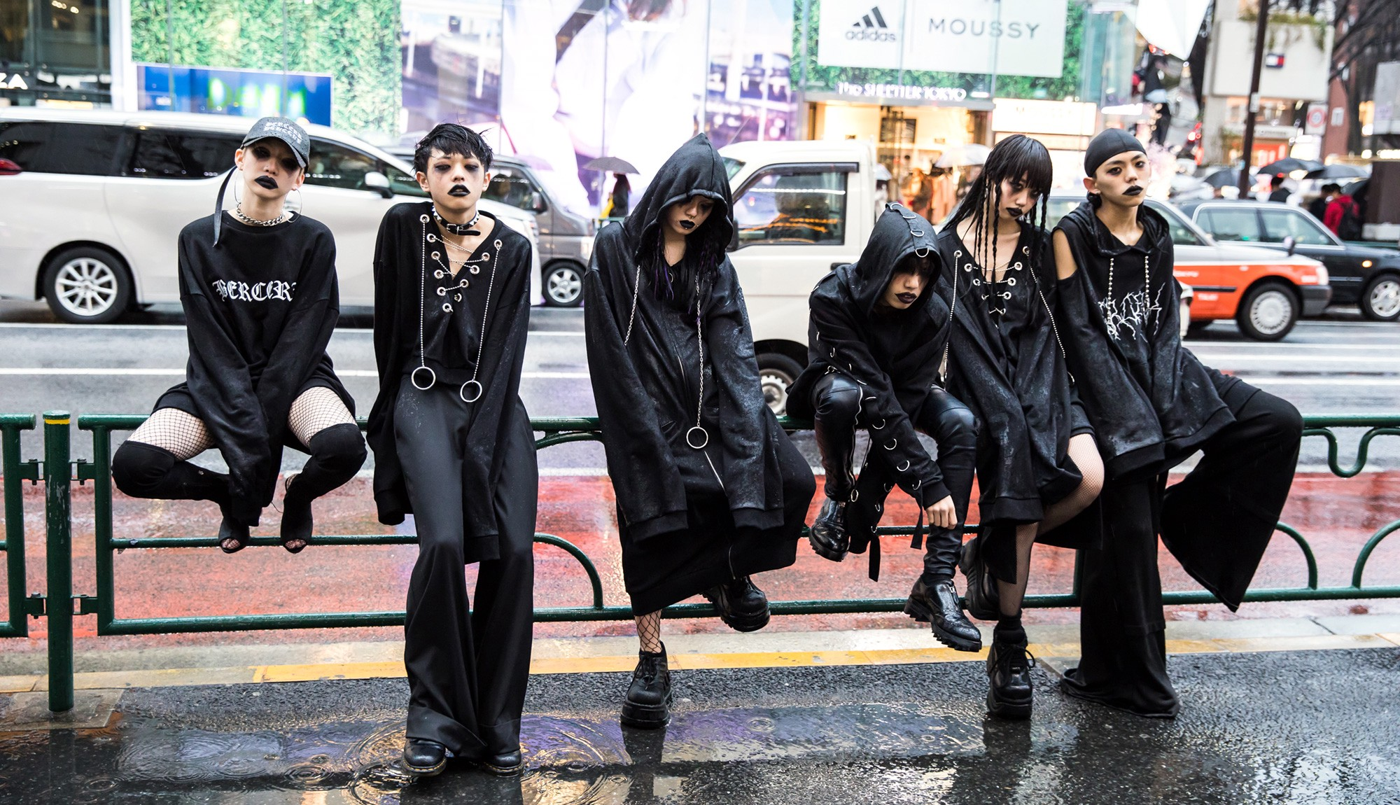 f5f650ca4 Karin, Nashu, Mumu, Ryunosuke, Rina & Shota wearing Never Mind The XU  street goth on a rainy day in Harajuku.