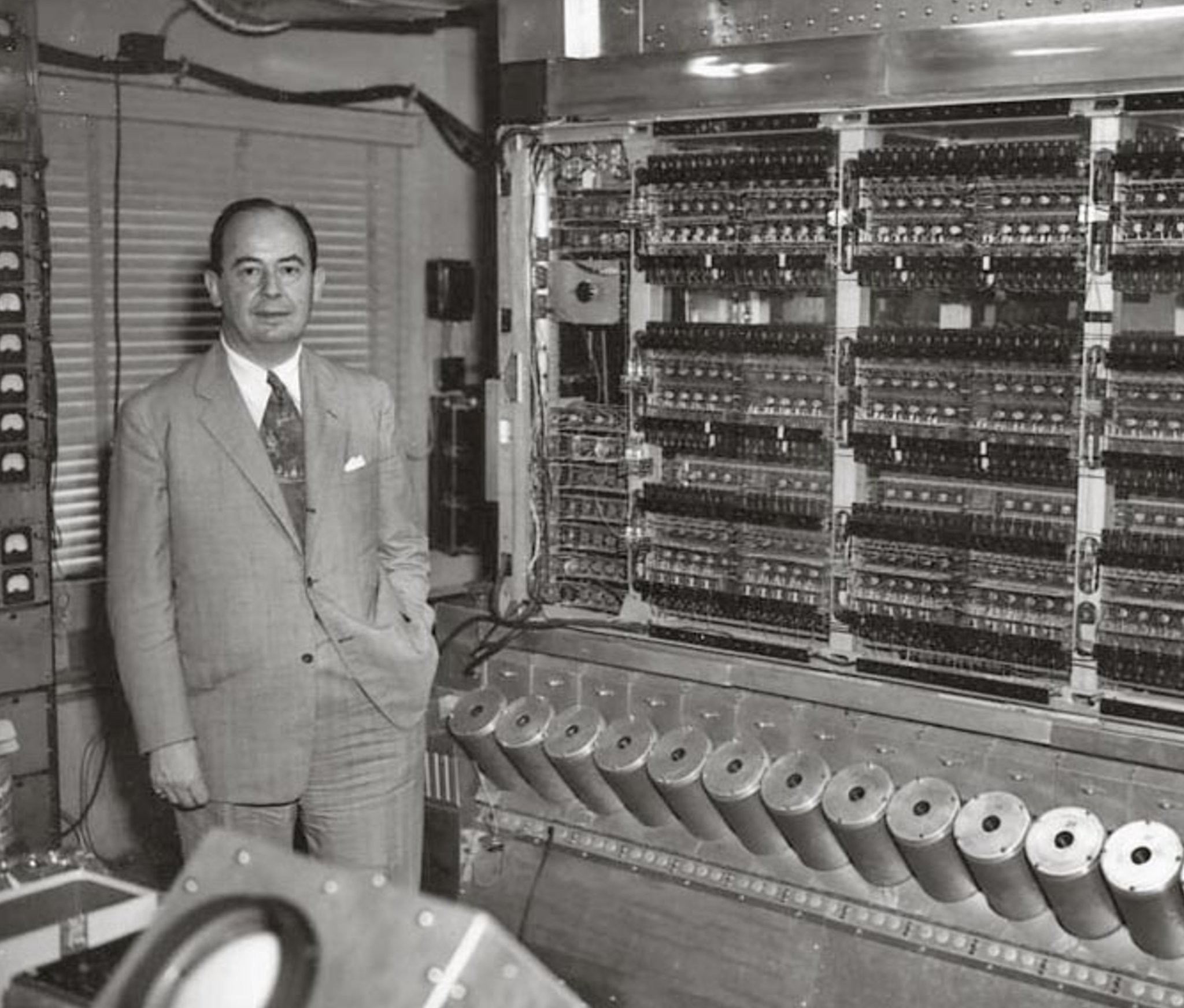 100 Photos of Can Programming Be Liberated From The Von Neumann Style