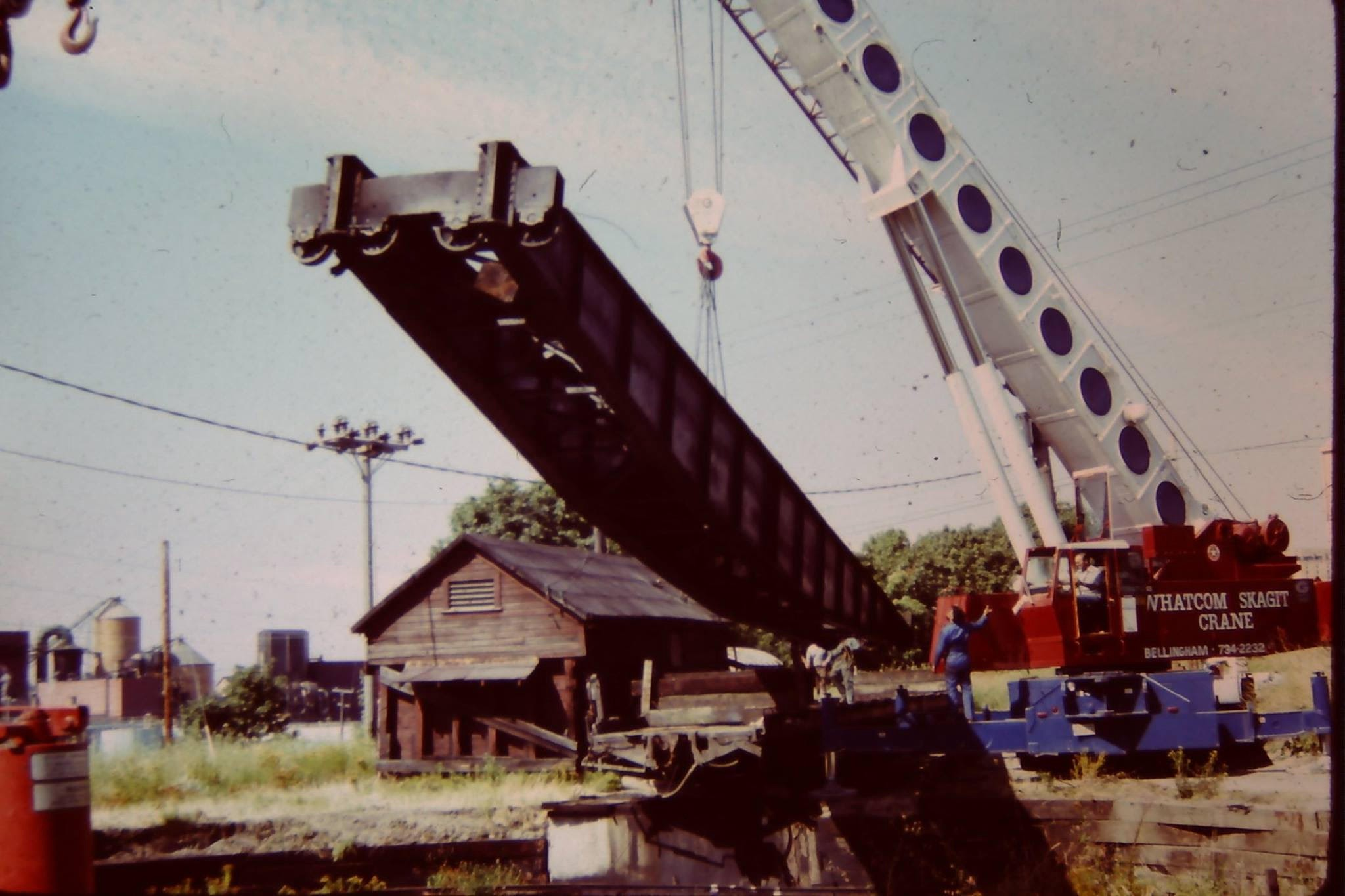 Turntable being pulled into the air by a crane