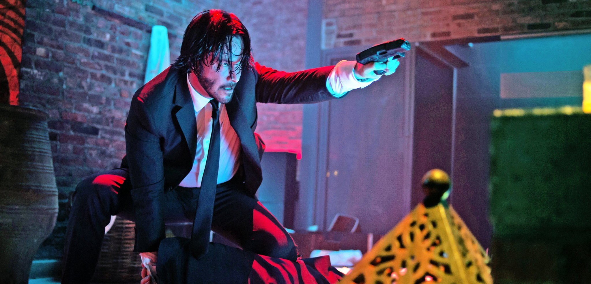Flashback Review] 'John Wick' Is A Modern Kick In The Face For The