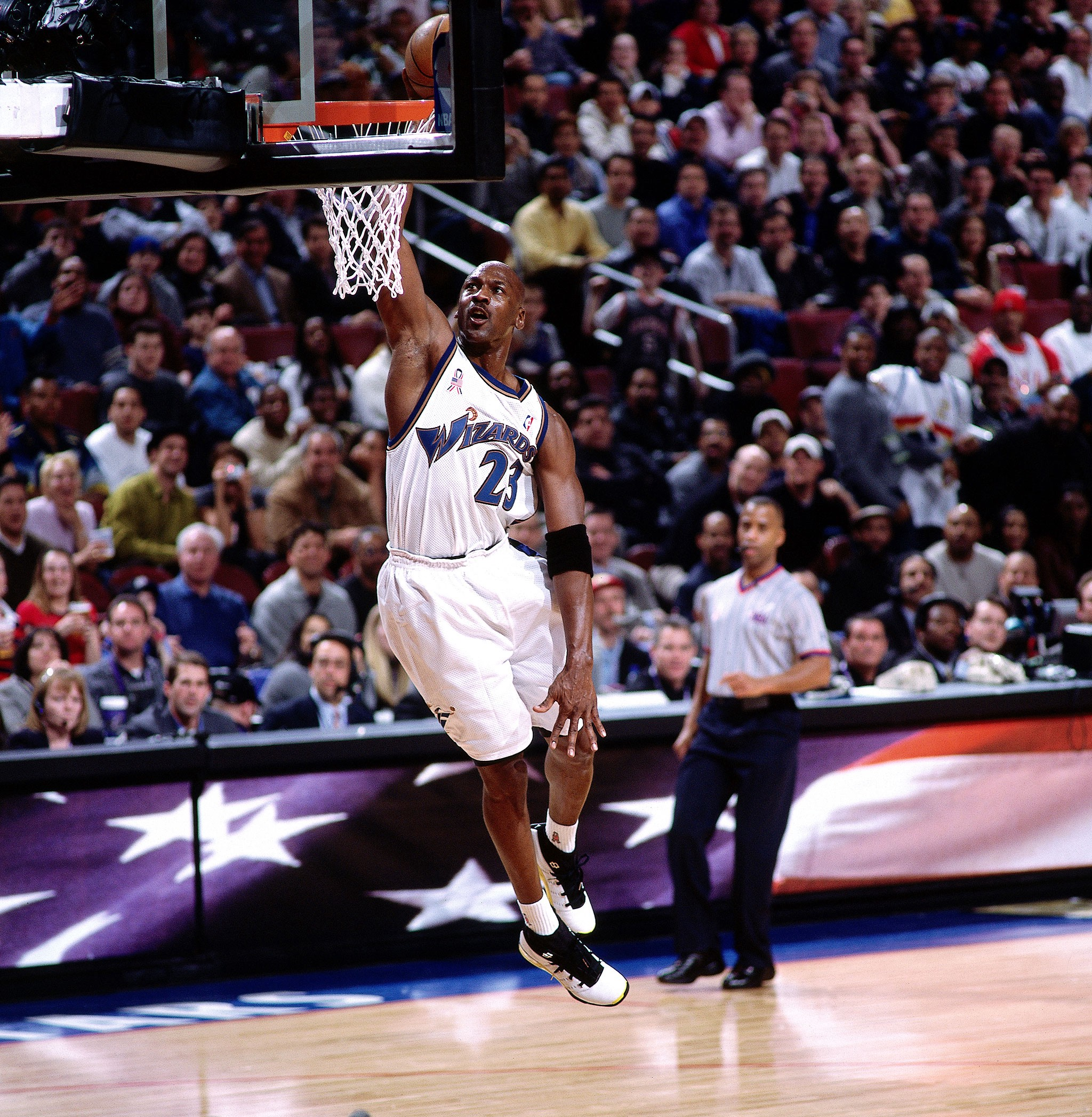 a tiempo Fuerza Polinizar  Michael Jordan's Wizards Years are Underrated | by Christopher Pierznik |  The Passion of Christopher Pierznik | Medium