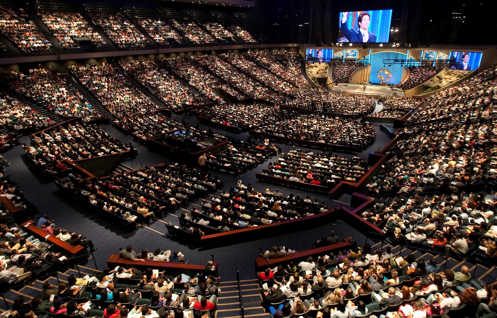 Darvin Wallis on The Modern Evangelical Church is Sick. Here's Where It Fell Apart.