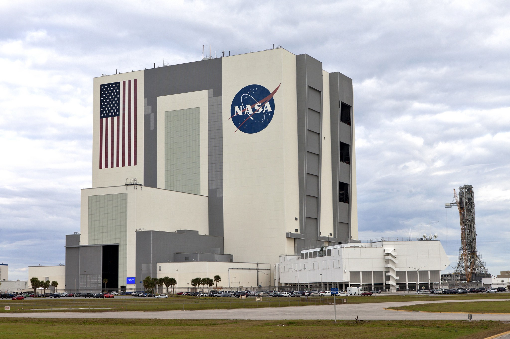 The Vertical Assembly Building (VAB) at NASA's Kennedy Space Center. Image credit: NASA/Bill White
