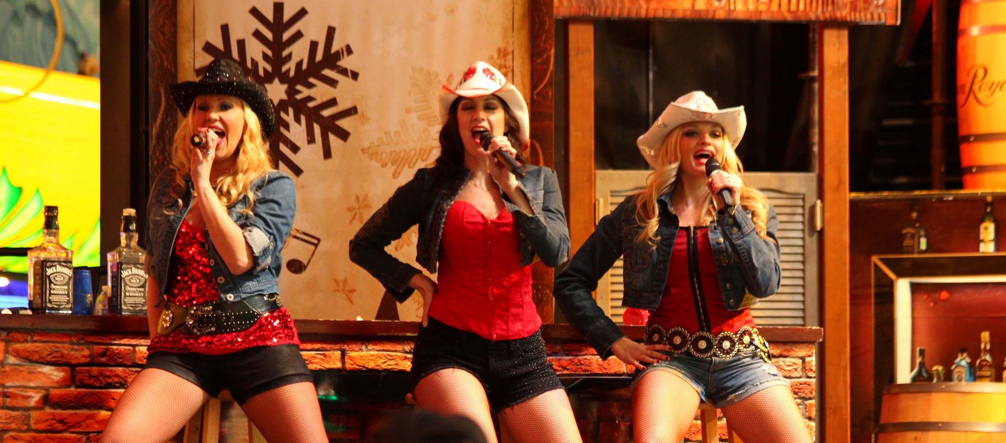Country Songs Women Should Sing Instead Of Men - The Hairpin