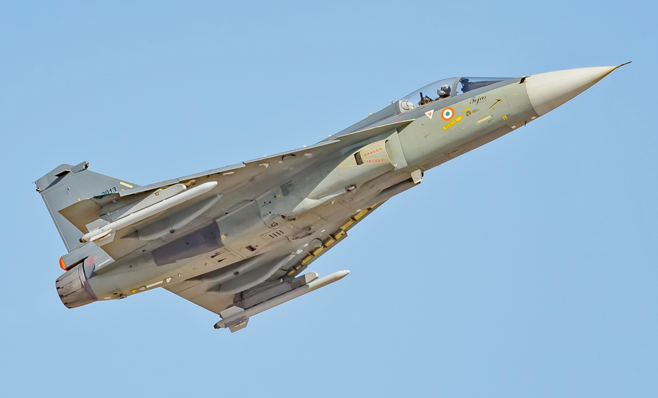 Key Role for Private Sector, No Choice for State-owned Firms: How Tejas & Rafale are Making India 'Atmanirbhar'