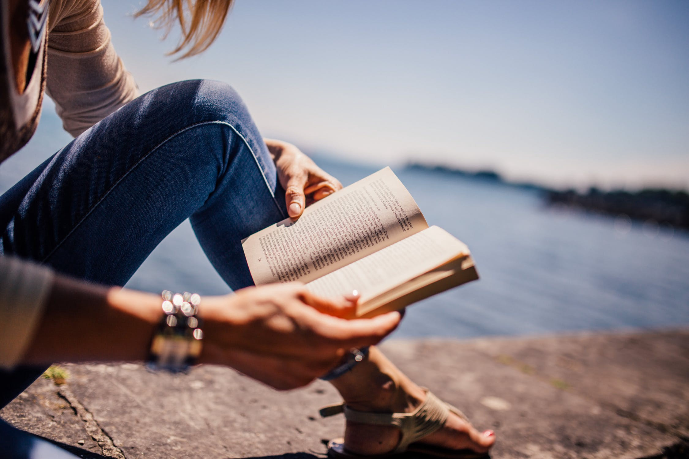 8 Ways Very Busy People Find The Time To Be Very Well Read