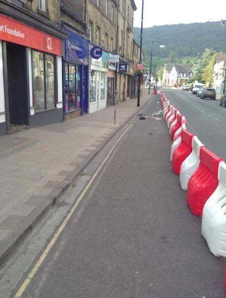 Temporary road barriers in leeds. Source: author